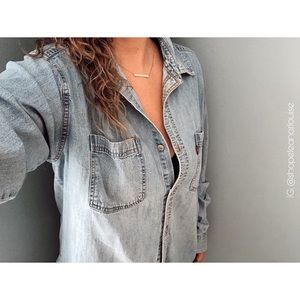 Oversized Levi's Button-up